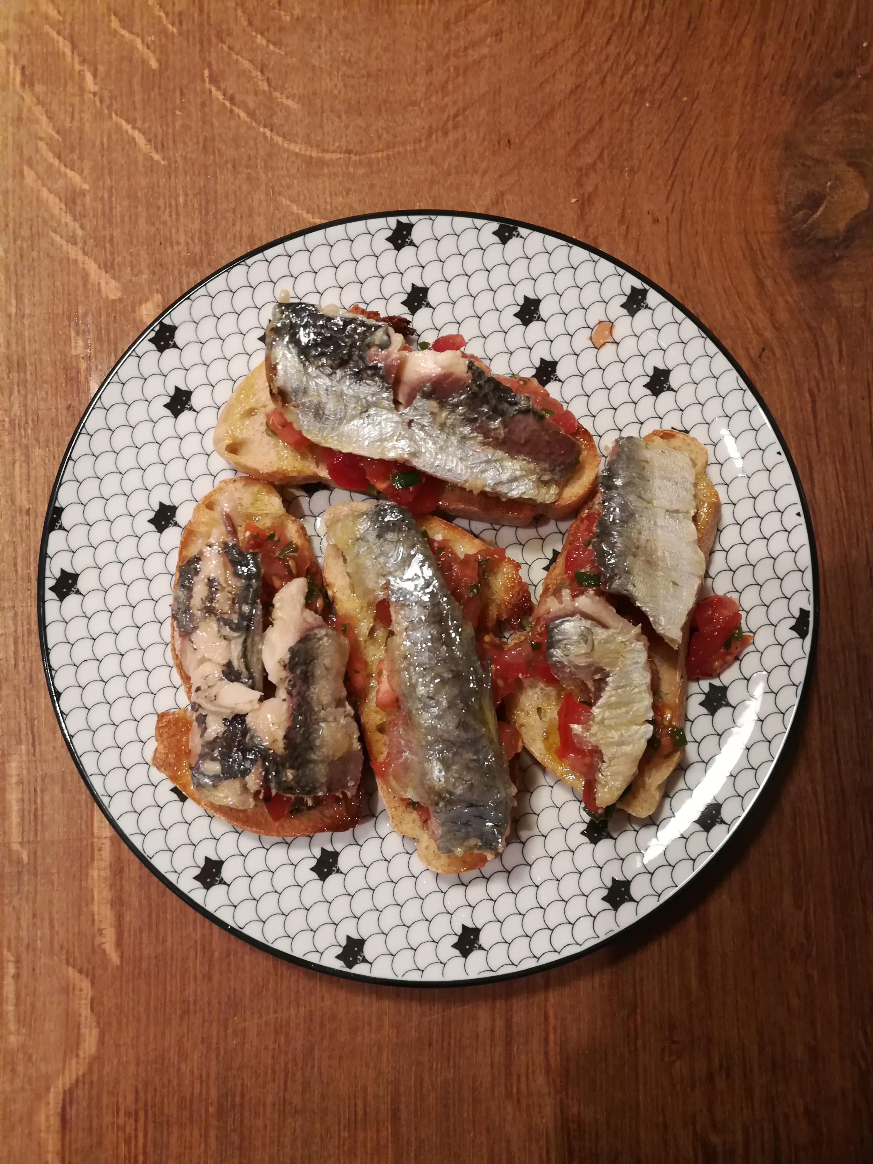 Tartines de sardines bouffeporn - Comment faire griller des sardines ...