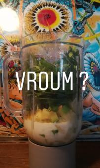 Recette de Soupe froide de courgettes à la coriande - BouffePorn